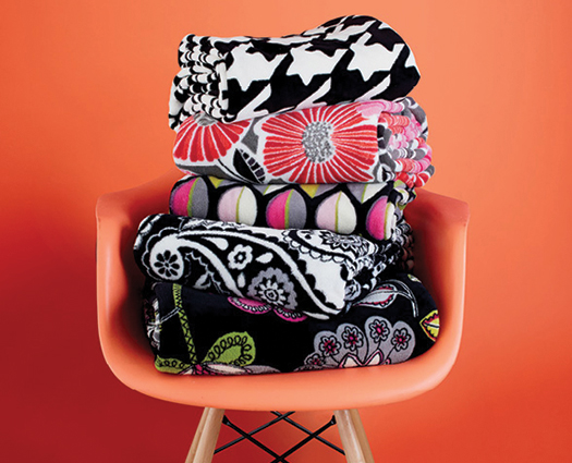 chair-with-throw-blankets