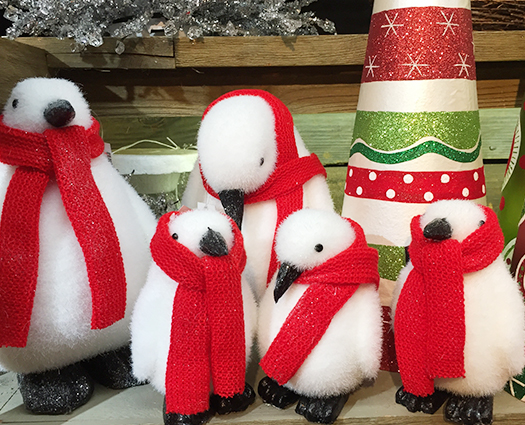 Christmas snowmen and penguins